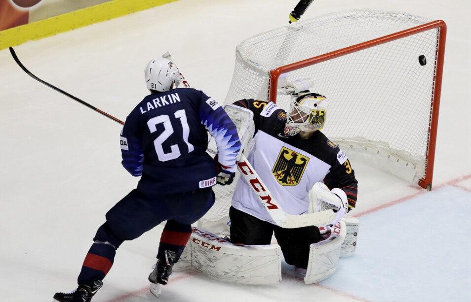 5月19日男子冰球世锦赛A组:德国VS美国